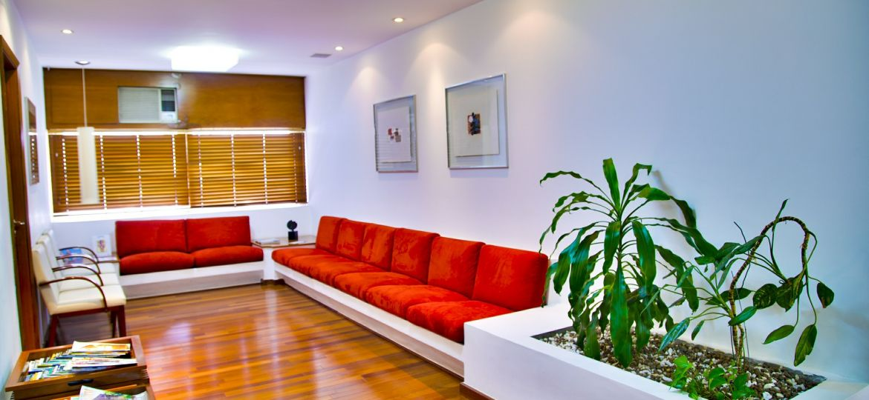 waiting-room-548136_1920
